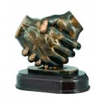 Литая фигура Рукопожатие